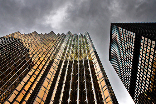 photo credit: thelearningcurvedotca No 200 Bay St North Tower Toronto Canada via photopin (license)